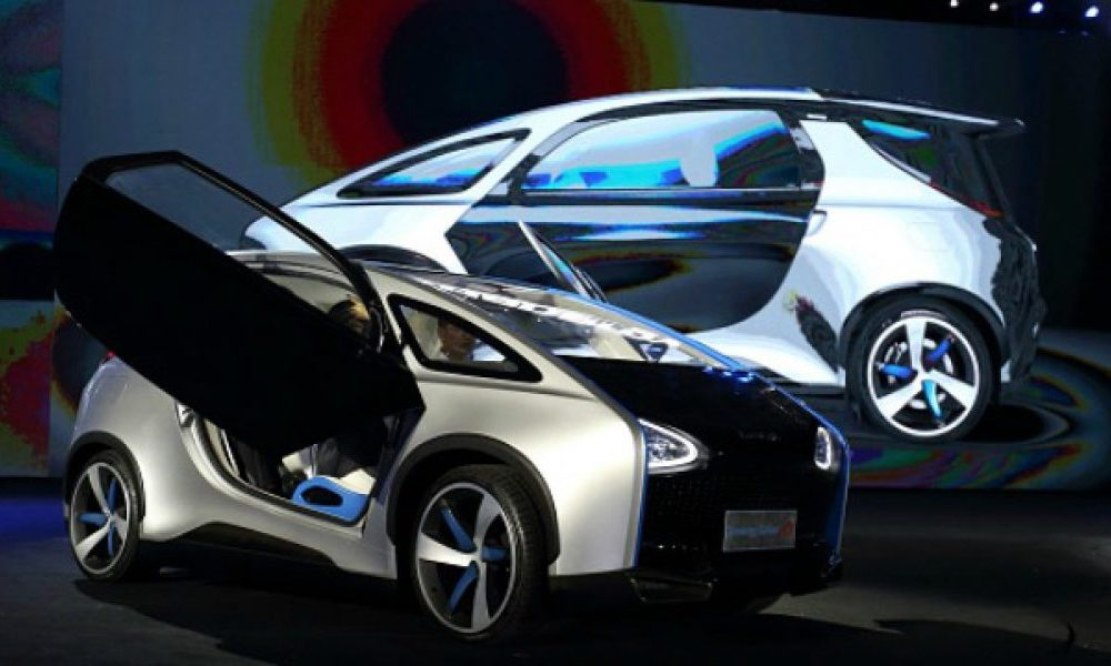 The first commercial solar-powered electric car released in China