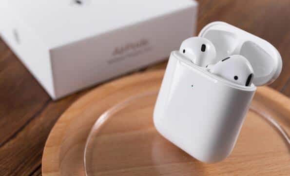 AirPods Bluetooth headset