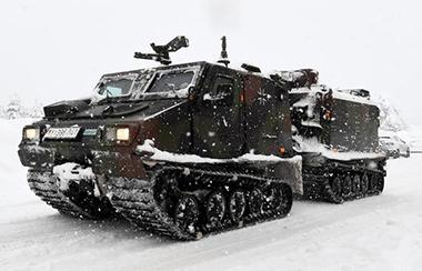 militärischen Einsatzgeräten
