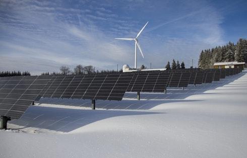 Solar and Wind Energy Storage