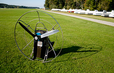 Electric paraglider battery