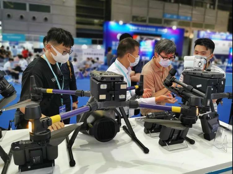 CZZN drone spotlight - uav expo share from grepow